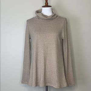 DOE & RAE Open Back Knitted Turtleneck Sweater S